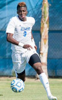 college soccer player gyasi zardes