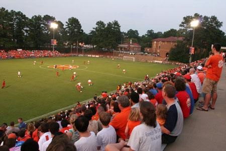 Clemson University Women's Club Soccer http://www.topdrawersoccer.com/camps-soccer-articles/clemson:-top-coaches-amazing-facilities_aid14602