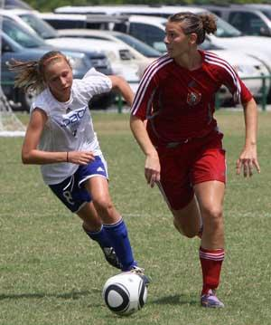 elite girls youth club soccer player anna mcclung