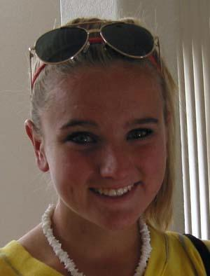 girls youth club soccer player lindsey horan