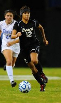college soccer player Long Beach State Nadia Link